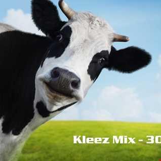 Kleez Mix   305 The Cow