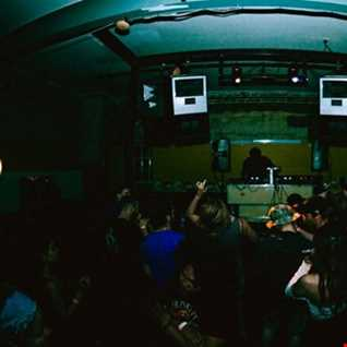 DJ ROBERT LOUNGE EXCLUSIVE