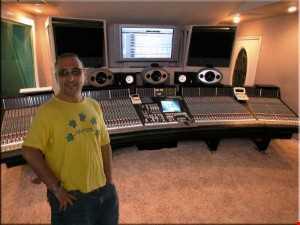 Tony Palas - Sizing It Up