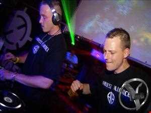 Hardest Alliance Live! (UniX Clan vs DexTC) @ Y Land   Spijkenisse (19 07 2013) 200 BPM Hardcore