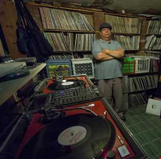 DJ Match John Lewis Intro Oldies