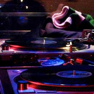 Club 88.7 House Music Dance Party Guest DJ: Deep Flava
