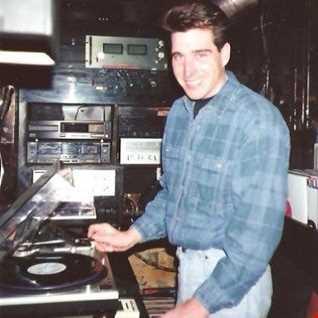 Hey MR DJ... 1