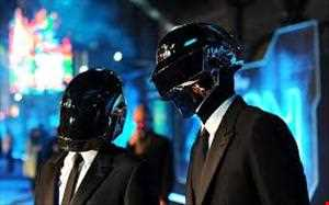 DAFT PUNK  V THE PRODIGY !!!! (Mash Up Track )             (MARKS MIX)