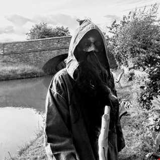 Ronald Mcsweeney. The Legend of Warwickshire.
