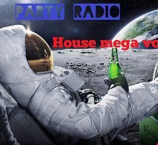 Spihas @ Party radio - House Mega 2018