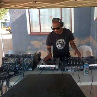 DJ Kgaphs Having Fun