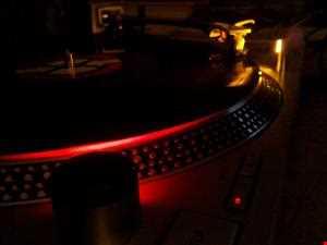 Feliz Musicales by DjXrayVizions