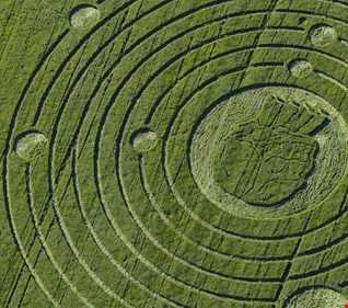 "EP264 - Uplifting Trance ""Labyrinth"""