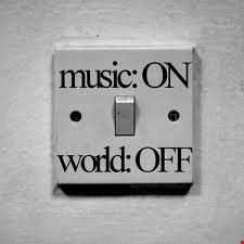 Music On! World Off! (Deep House Session)