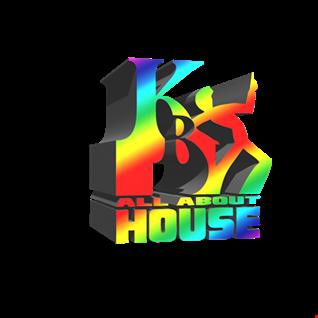 ESSENTIAL DISCO HOUSE