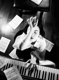 El Piano, Never Felt Like The Feeling