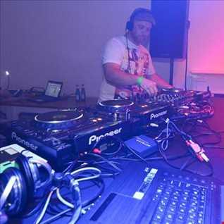 djs in the mix.net Radio Broadcast