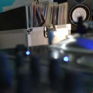 DJFRANKEE 15 04 10 @ RADIO AKADERA - KERRI CHANDLER HITS