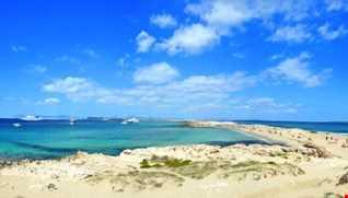 "baiodeejay & yvonne dumas - ""lola's beach bar"" of Formentera"" - afterhour room privè"