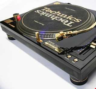 WNSR   DJ Mark Hood   Funky House Mix August 2018