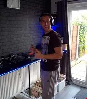 HOUSED2FUNKRADIO.UK LIVE DJ SEAN EC TECH DEEP HOUSE 14.10.16