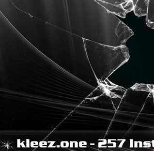 kleez.one   257 Instant Breakz