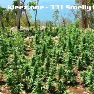 kleez.one   331 Smelly Garden