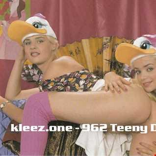kleez.one   962 Teeny Dreams