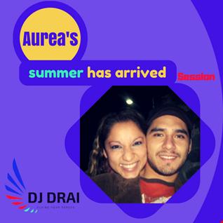 Aurea's summer has arrived session