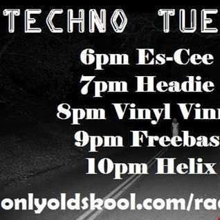 Es-Cee - Schranz Set - Techno Tuesday - 01-08-2017