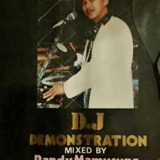THE MUSIC ROOM DJ DEMONSTRATION - MIXED BY RANDY MAMUSUNG