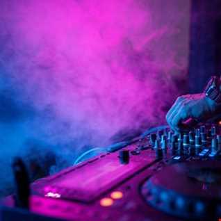 DJ Stead  Drum & Bass