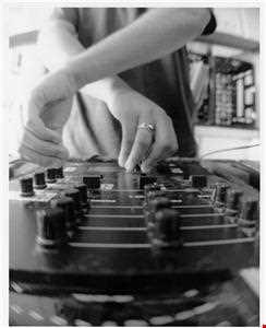Joey Muniz - Journey Mix (featured on netmusique + others) Hip-hop, Acidjazz Downtempo Mix 2001