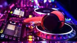 Mix 35 DJ Chris K