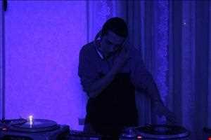 hoopiux - break the f**kin' beat 2005