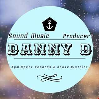 Danny D (OOPS UP Rmx)