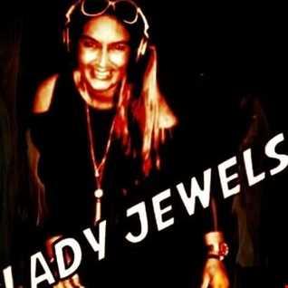 Lady Jewels Bashing It Out
