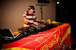 Sunday Session - Episode 145 (03/04/11)