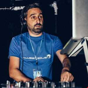 Deep Tech House 10 Luigi Gucia