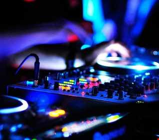 ELECTRONIC  MIX 1 CLAUDIO CASANUEVA