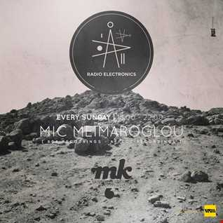 Mic Meimaroglou   Radio Electronics Mix (Live Recording from Mousiko Kafeneio)