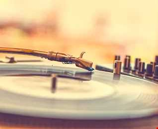 DJ Claudio La Barca - 3Hs Funk, Soulful and House Vinyl live Set - Djerba, Tunisia (July 2019)