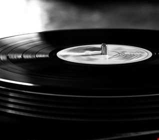 Khiflee - Real Bass Music vol 40 - Glitch & Chill