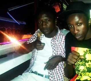 DJ DOMMY ALONGSIDE MC DR DARLIN SUNDAY REGGAE INSIDE WAVES LOUNGE  NAIROBI