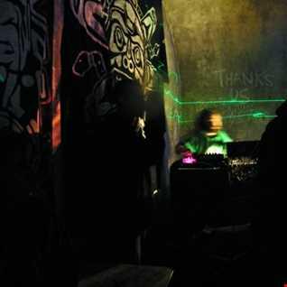 Tekneut - Live @ Fr33 Fr3ax Camptek 2011