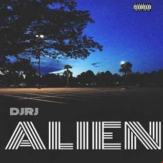 01 ALIEN EP   Moonlight (feat Melanie Martinez)