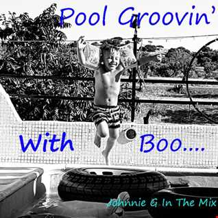 Pool Groovin' With Boo......