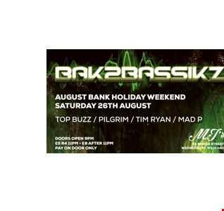 Morgan Andrews (MA DJ) Live at Bak2Bassikz (93-95 Hardcore/Jungle Set)