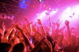 in the club26  hi......