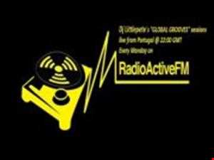 04 03 2012 DEEPLY into TECH   GLOBAL GROOVES Sessions @ RadioActiveFm