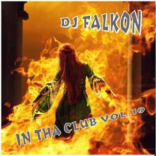 DJ FALKON IN THA CLUB  19