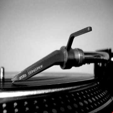 Vinyl 142