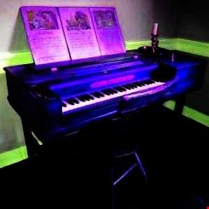 Rave Piano in 8 lessons